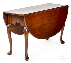 Pennsylvania or Southern Queen Anne table