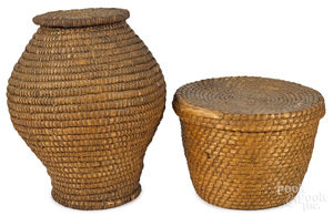 Two Pennsylvania rye straw lidded baskets