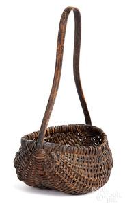 Woven berry basket