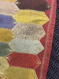Felt Dresden plate quilt
