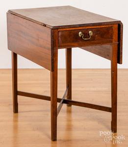 Federal mahogany Pembroke table, ca. 1795, 28