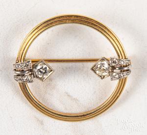 14K gold Art Deco brooch