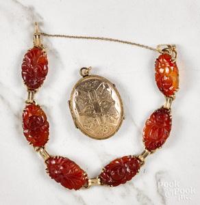 14K gold red jadeite link bracelet, etc.