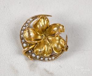 14K gold floral pin