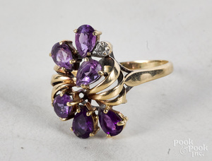 10K yellow gold amethyst cluster ring
