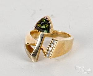 14K yellow gold green tourmaline diamond ring