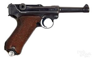 German S/42 luger semi-automatic pistol