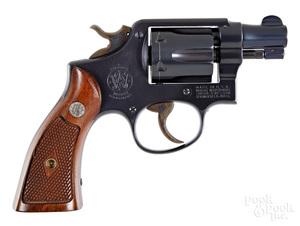 Smith & Wesson pre-model M & P revolver