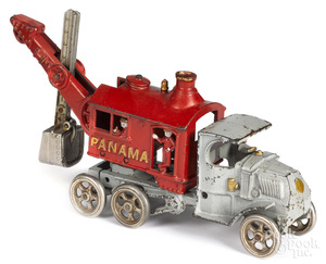 Hubley cast iron Panama steam shovel truck