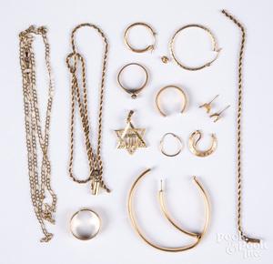14K gold jewelry, 23.3 dwt.