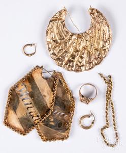 10K gold jewelry, 21.3 dwt.