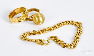 High grade gold chain and two rings