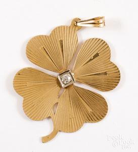 14K gold and diamond clover pendant
