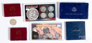 Two Washington silver half dollars, etc.