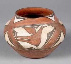 Zia Pueblo Indian pottery jar, with three birds