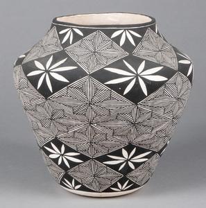Acoma Pueblo Indian pottery olla