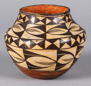 Acoma Pueblo Indian pottery vessel, with geometri