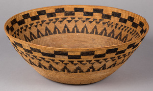 Large California Native American Indian basket, 7