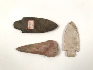 Three ancient Native American stone points