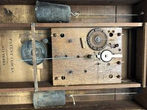 Eli Terry Federal mahogany pillar and scroll cloc
