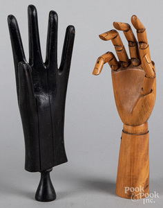 Articulated wood artisans' hand, ca. 1900