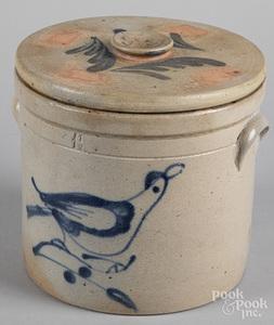 Stoneware 1 1/2 gallon lidded crock, 19th c.