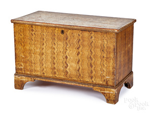 Painted pine blanket chest, early 19th c.