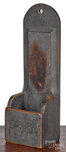 Painted pine hanging pipe box, 19th c.