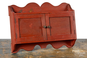Painted pine hanging cabinet, 19th c.