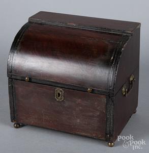 Continental mahogany liquor set, early 19th c.
