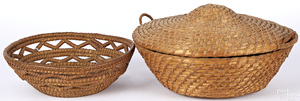 Two Pennsylvania rye straw baskets