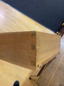 Pennsylvania Federal walnut chest of drawers