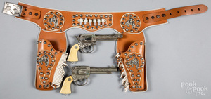 Actoy Pony Boy double set of cap guns and holster