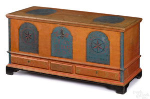 Dauphin County, Pennsylvania painted dower chest