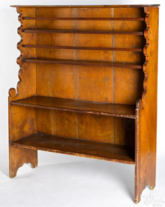 Pine one-piece pewter cupboard, late 18th c.