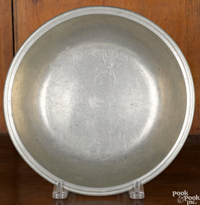 Rare Middletown, Connecticut pewter basin