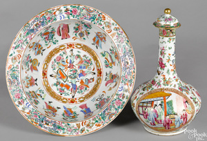 Chinese export famille rose water bottle & basin