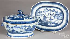 Chinese export Canton tureen and undertray