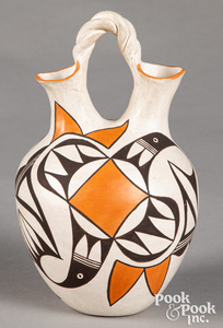 Eva Histia Acoma Pueblo Indian pottery vase