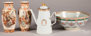 Chinese export porcelain coffee pot, etc.