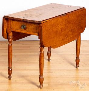 Sheraton tiger maple Pembrok table