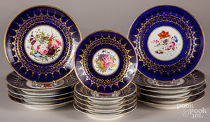 Sixteen Chamberlains Worcester plates