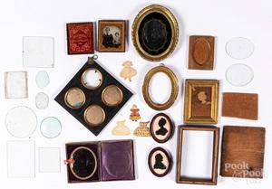 Miniature frames, silhouettes, etc.