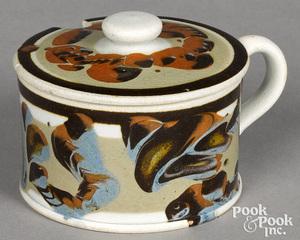 Mocha mustard pot, with earthworm decoration