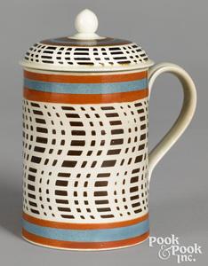 Rare lidded mocha mug, with brown checkered design
