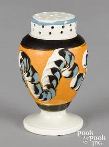 Mocha pepper pot, with earthworm decoration