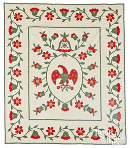 Appliqué eagle and floral vine quilt, early 20th c