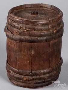 Small wooden gun powder keg, 19th c.