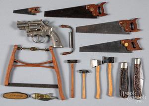 Pocket knives, miniature saws, etc.