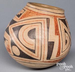 Large Acoma Indian polychromed pottery pot